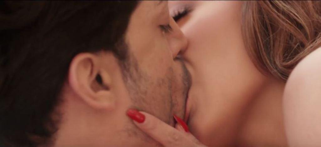 Film-Wajah-Tum-Ho-Trailer-Released-Sana-Khan-Rains-Hotness-2